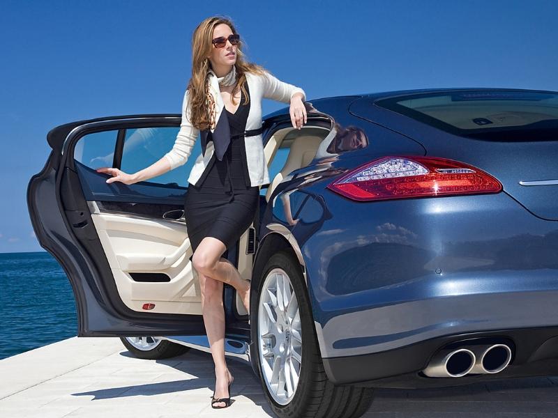 A nők 5 legveszélyesebb autóvezetési hibája